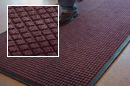 Guzzler™ AquaTRU™ Series Entrance Mat