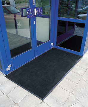 Rubber Brush™ Outdoor Entrance Mat