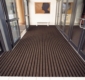 Smart Step™ Arrow Trax™ Commercial Carpet Tiles